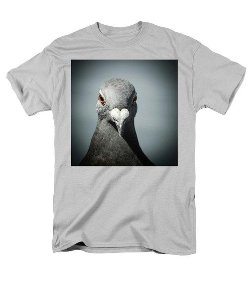 Brieftaube Von Mandy Tabatt Auf Men's T-Shirt  (Regular Fit) by Mandy Tabatt