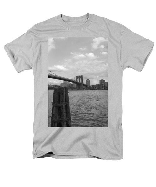 Brooklyn Bridge  Men's T-Shirt  (Regular Fit) by Henri Irizarri