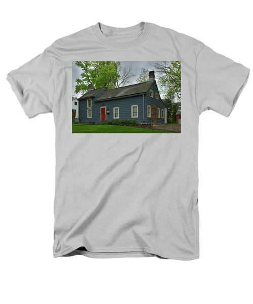 Brougham Cottage Men's T-Shirt  (Regular Fit) by Kenneth Cole