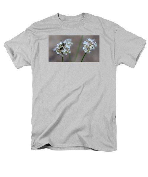 Bug On Flower Men's T-Shirt  (Regular Fit)