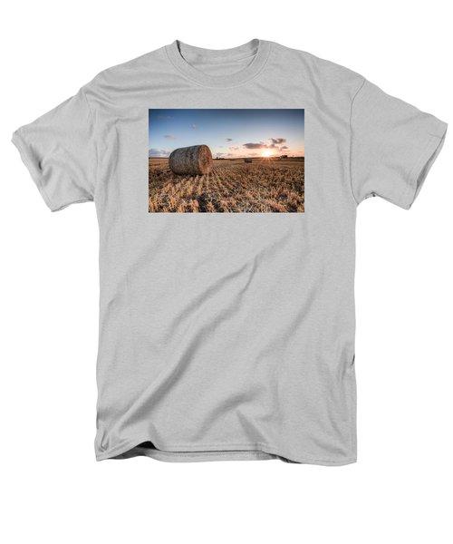 Bundy Hay Bales #5 Men's T-Shirt  (Regular Fit) by Brad Grove