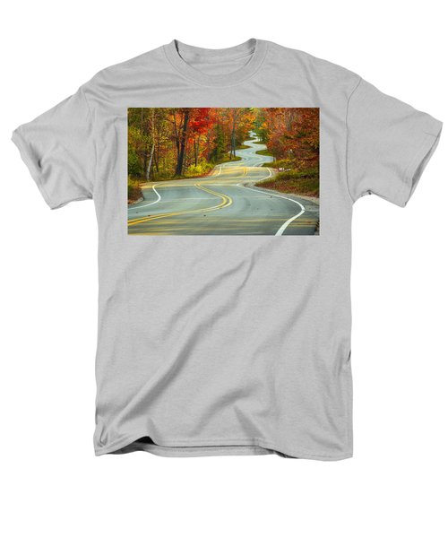 Curvaceous Men's T-Shirt  (Regular Fit) by Bill Pevlor