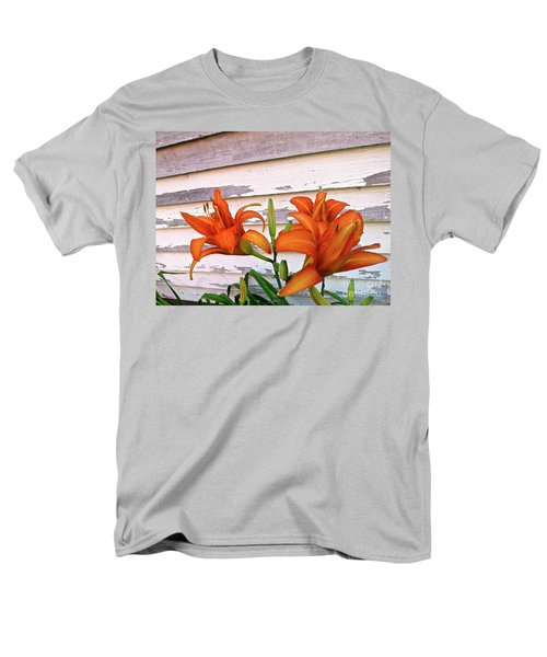 Men's T-Shirt  (Regular Fit) featuring the photograph Day Lilies And Peeling Paint by Nancy Patterson