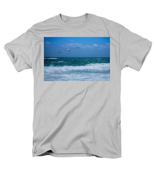Men's T-Shirt  (Regular Fit) featuring the photograph Florida Seagull In Flight by Jason Moynihan