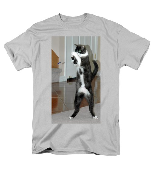 Frisbee Cat Men's T-Shirt  (Regular Fit) by LeeAnn McLaneGoetz McLaneGoetzStudioLLCcom