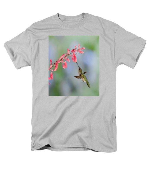 Hummingbird Men's T-Shirt  (Regular Fit) by Alan Toepfer