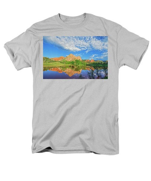 Impossible Not To Fall In Love With Colorado. Here's Why.  Men's T-Shirt  (Regular Fit) by Bijan Pirnia