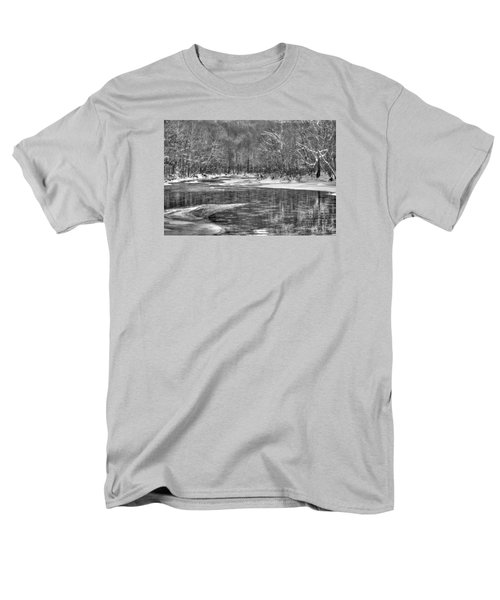 Loyalhanna Creek Bw - Wat0097 Men's T-Shirt  (Regular Fit) by G L Sarti