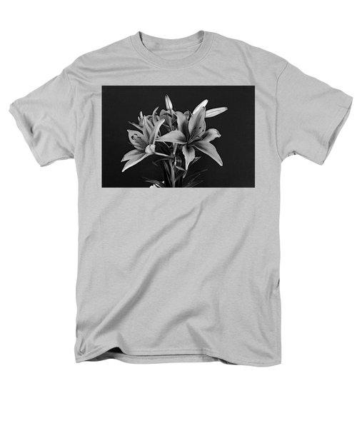 Monochrome Grace Men's T-Shirt  (Regular Fit)