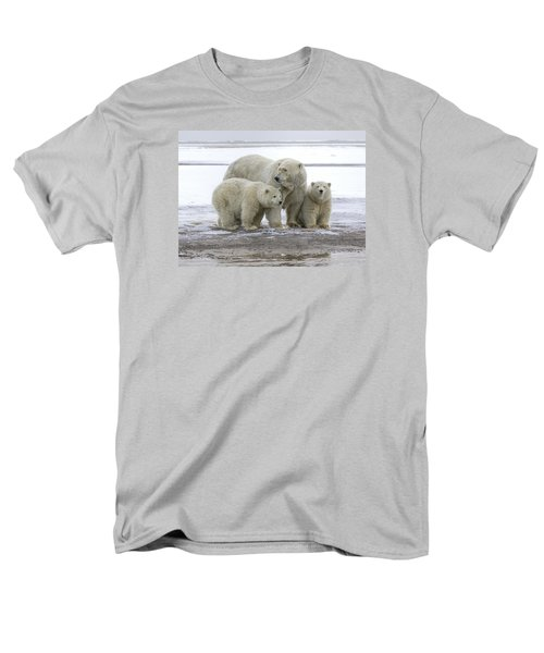 Mother And Cubs In The Arctic Men's T-Shirt  (Regular Fit)
