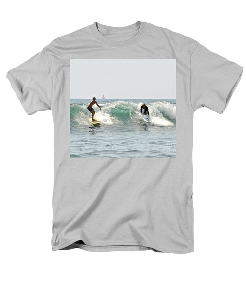 New Zealand Surf Men's T-Shirt  (Regular Fit) by Yurix Sardinelly