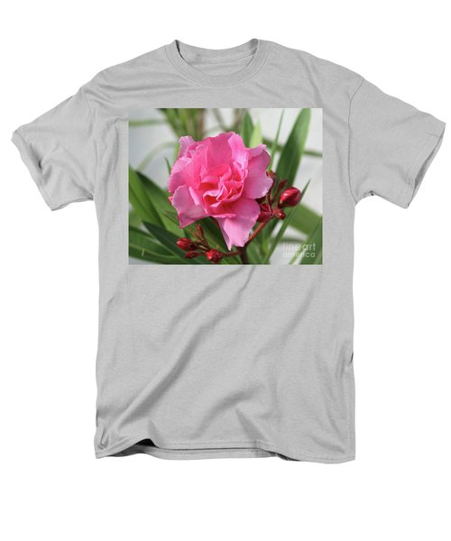 Oleander Splendens Giganteum 1 Men's T-Shirt  (Regular Fit) by Wilhelm Hufnagl