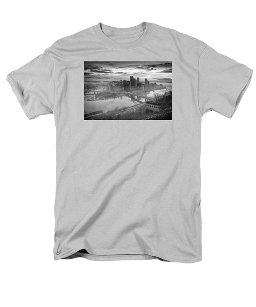 Pittsburgh Architecture 10 Bw Men's T-Shirt  (Regular Fit) by Emmanuel Panagiotakis