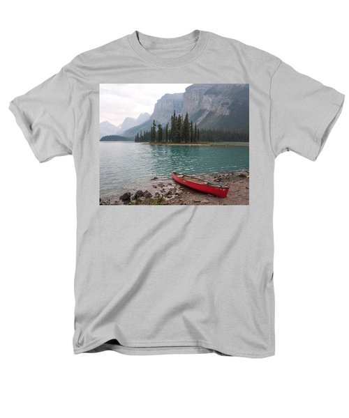 Red Canoe Men's T-Shirt  (Regular Fit) by Catherine Alfidi