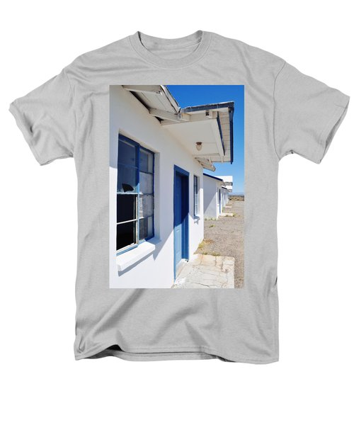 Roy's Motel And Cafe Auto Court Men's T-Shirt  (Regular Fit) by Kyle Hanson