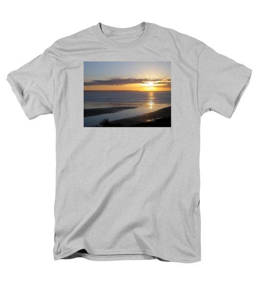 Saunton Sands Sunset Men's T-Shirt  (Regular Fit) by Richard Brookes