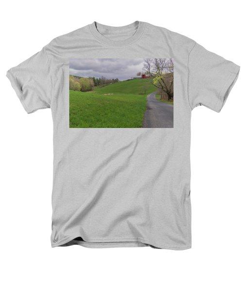 Shelburne Country Road Men's T-Shirt  (Regular Fit) by Tom Singleton