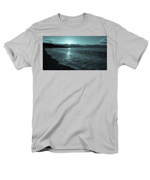 Sunrise In Stonehaven B-w Men's T-Shirt  (Regular Fit) by Sergey Simanovsky