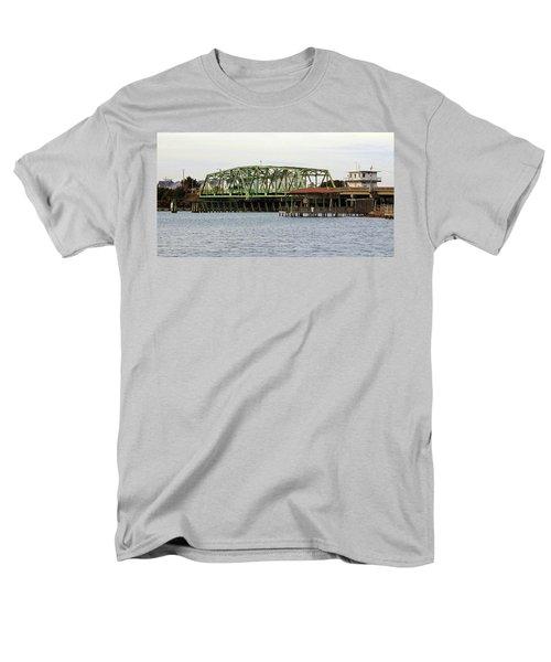 Surf City Swing Bridge Men's T-Shirt  (Regular Fit)