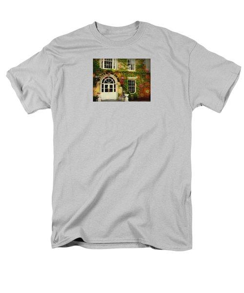 Swift Bar In Dublin Ireland Men's T-Shirt  (Regular Fit) by Robin Regan
