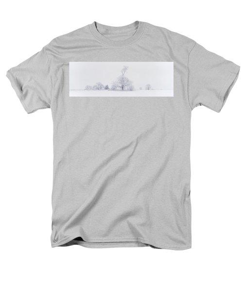 Men's T-Shirt  (Regular Fit) featuring the photograph The Eldar Tree by Dustin LeFevre