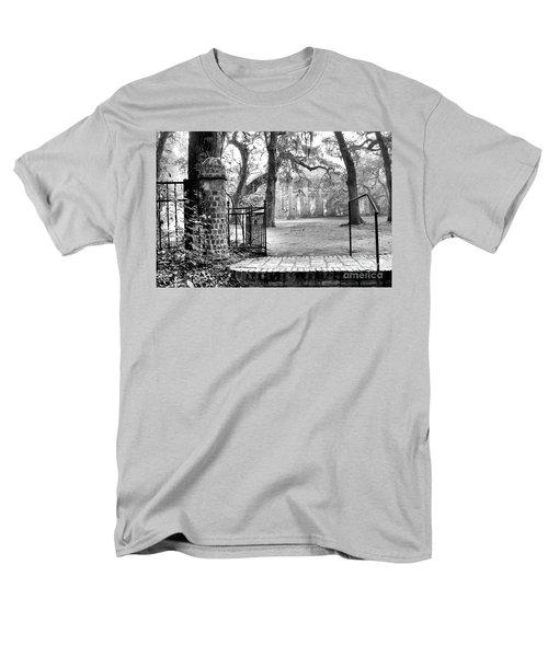 The Gates Of The Old Sheldon Church Men's T-Shirt  (Regular Fit)