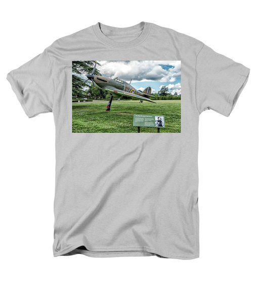 Men's T-Shirt  (Regular Fit) featuring the photograph The Pete Brothers Hurricane by Alan Toepfer
