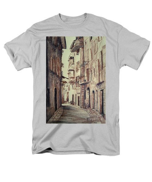 Verona Drawing Of A Narrow Street Men's T-Shirt  (Regular Fit)