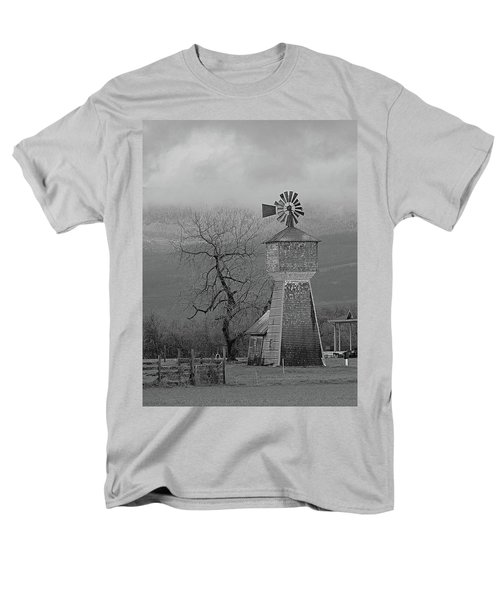 Men's T-Shirt  (Regular Fit) featuring the photograph Windmill Of Old by Suzy Piatt