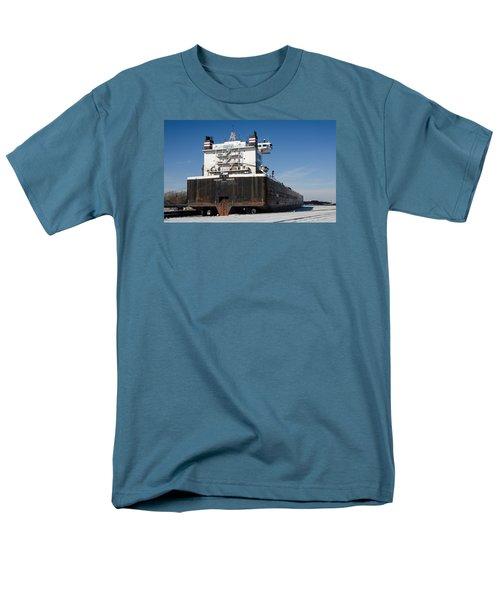 Indiana Harbor 4 Men's T-Shirt  (Regular Fit) by Susan  McMenamin