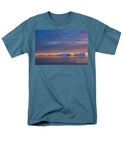 110613p176 Men's T-Shirt  (Regular Fit) by Arterra Picture Library