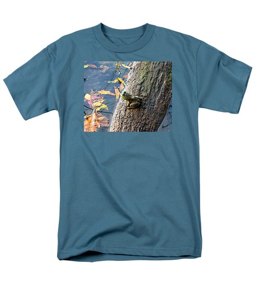 Men's T-Shirt  (Regular Fit) featuring the photograph American Bullfrog by William Tanneberger