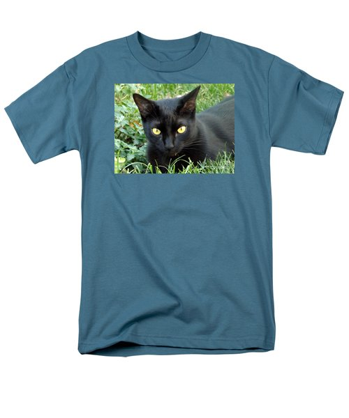 Black Cat Men's T-Shirt  (Regular Fit) by Lingfai Leung