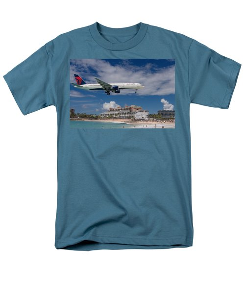 Delta Air Lines Landing At St. Maarten Men's T-Shirt  (Regular Fit) by David Gleeson