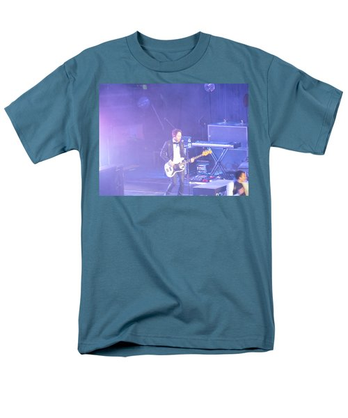 Men's T-Shirt  (Regular Fit) featuring the photograph Gutair Player For Royal Taylor by Aaron Martens