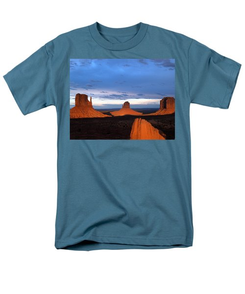 Monument Valley @ Sunset 2 Men's T-Shirt  (Regular Fit)