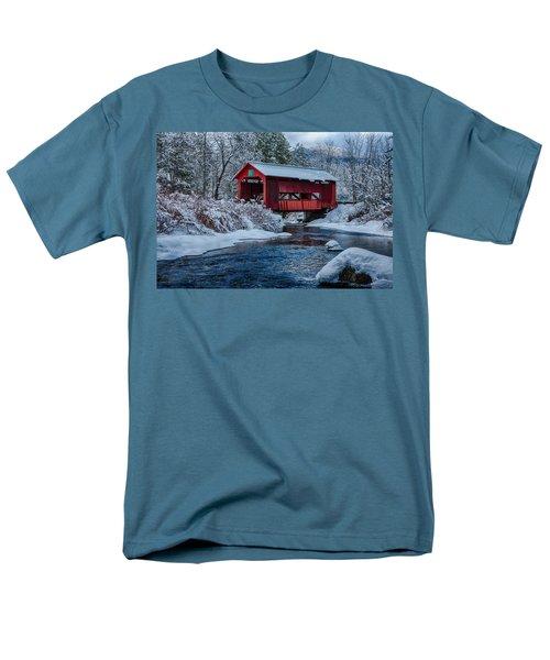 Northfield Vermont Covered Bridge Men's T-Shirt  (Regular Fit) by Jeff Folger