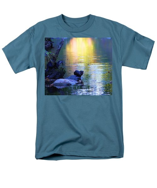 Otter Family Men's T-Shirt  (Regular Fit) by Dan Sproul