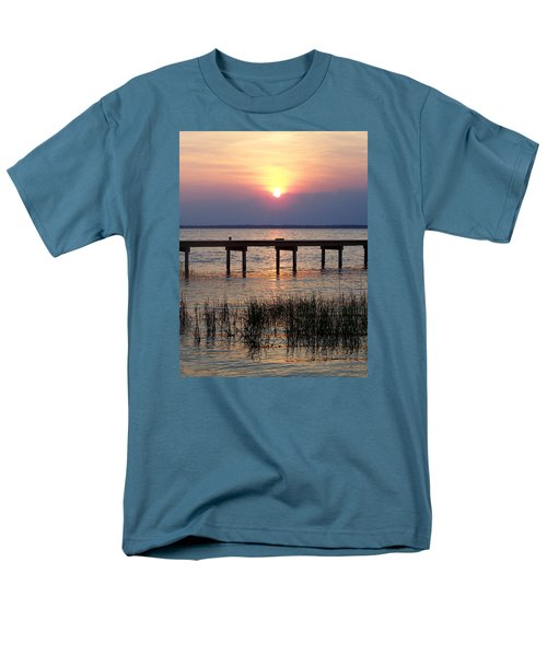 Men's T-Shirt  (Regular Fit) featuring the photograph Outerbanks Nc Sunset by Sandi OReilly