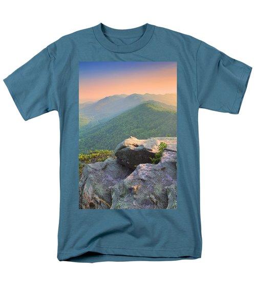 Pinnacle Rock Men's T-Shirt  (Regular Fit)