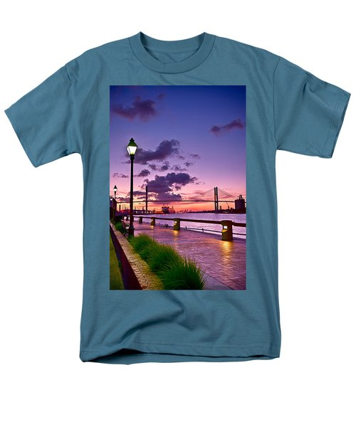 Savannah River Bridge Men's T-Shirt  (Regular Fit)