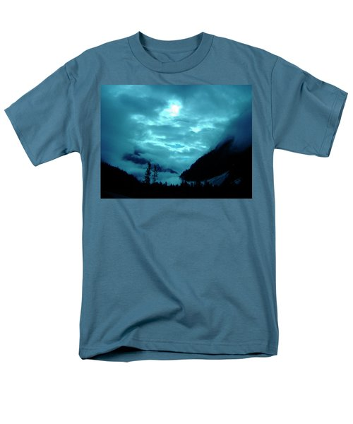 Men's T-Shirt  (Regular Fit) featuring the photograph Sunday Morning by Jeremy Rhoades