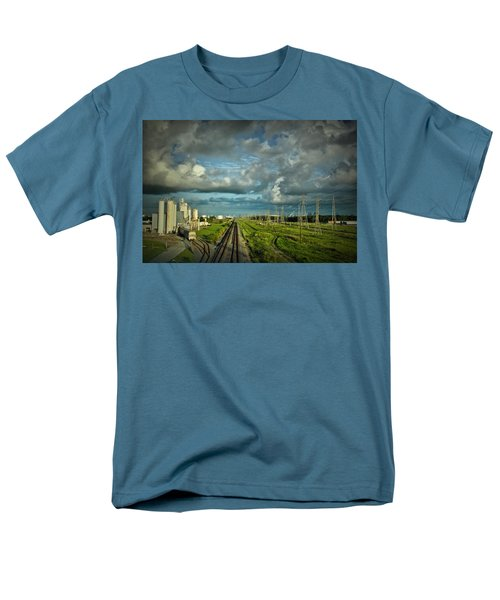 The Train Yard Men's T-Shirt  (Regular Fit) by Linda Unger