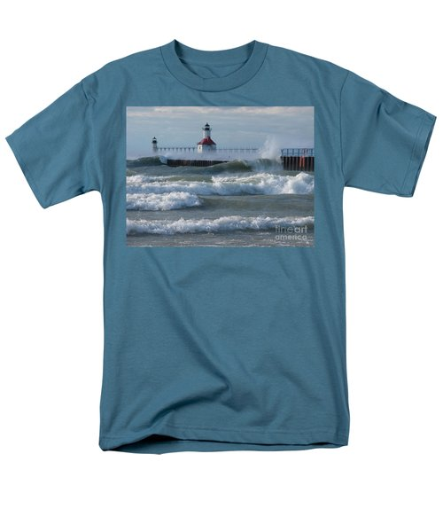 Tumultuous Lake Men's T-Shirt  (Regular Fit)