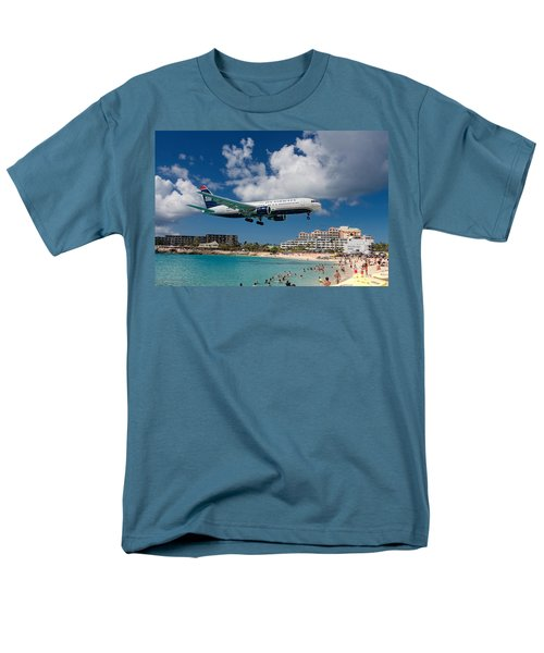 U S Airways Landing At St. Maarten Men's T-Shirt  (Regular Fit) by David Gleeson