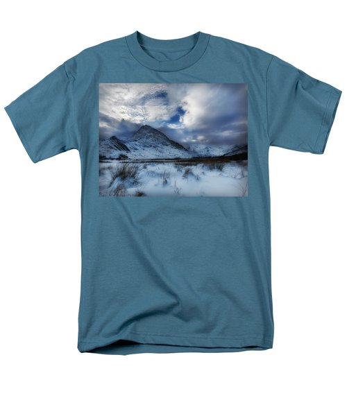 Winter At Tryfan Men's T-Shirt  (Regular Fit) by Beverly Cash