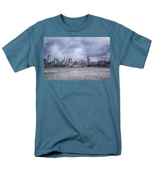 New York Skyline Men's T-Shirt  (Regular Fit) by Dyle Warren