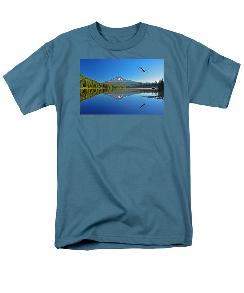 Men's T-Shirt  (Regular Fit) featuring the photograph Soaring Bald Eagle by Jack Moskovita