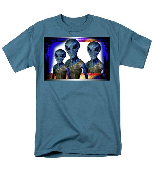 Explorers   Men's T-Shirt  (Regular Fit) by Hartmut Jager