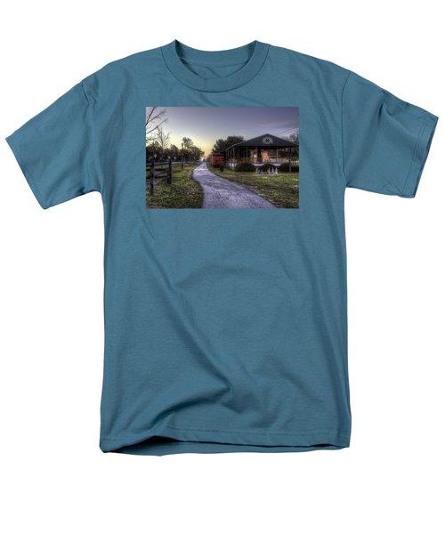 A Hometown Christmas Men's T-Shirt  (Regular Fit)